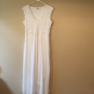 Reba dress with lace front